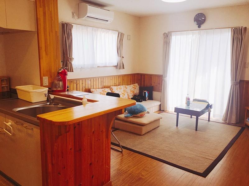 沖繩 美麗海村旅館 平均一人才$1000 離水族館不到5分鐘車程 水族館住宿推薦 兩層樓公寓住宿 CP值超高喔!